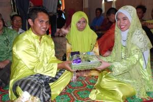 Majlis pertunangan Siti Zuraidah dan Sdra Syahril