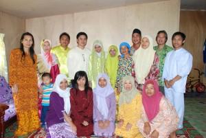Gambar kenangan sempena pertunangan Siti Zuraidah dan Sdra Syahril